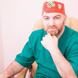 ИРИЦЯН ОВАНЕС МАКСИМОВИЧ Главный врач Клиники. Пластический хирург.